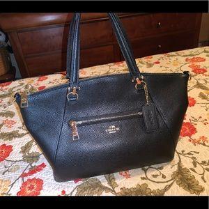 Coach New York luxury purse hand bag